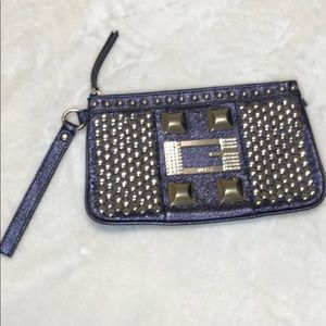 Guess clutch with stud and G stone shine